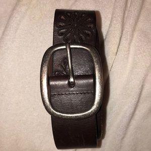 Women's brown belt M Aeropostale